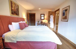 chalet-infusion-bedroom2