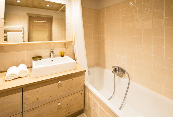 chalet-le-foret-bathroom2