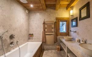 chalet-lecume-des-neiges-bathroom