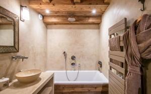 chalet-lecume-des-neiges-bathroom2