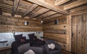 chalet-lecume-des-neiges-bedroom3