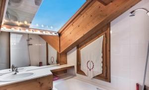 chalet-les-solans-bathroom2
