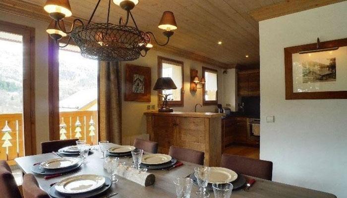 chalet-levanna-dining