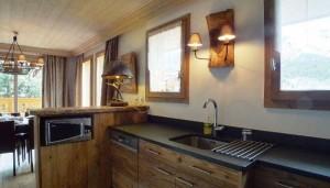 chalet-levanna-kitchen