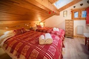 chalet-lorgentil-bedroom2