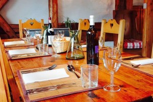 chalet-louette-dining