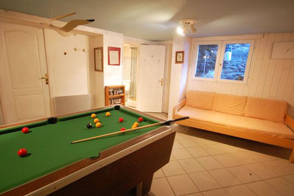 chalet-louette-pool-table