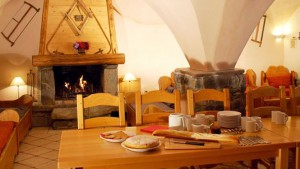 chalet-marielle-dining3