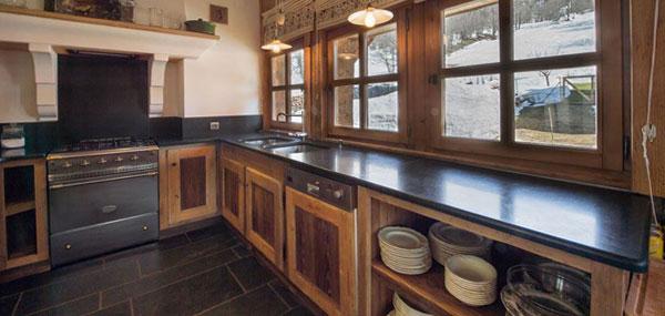 chalet-pasmal-kitchen