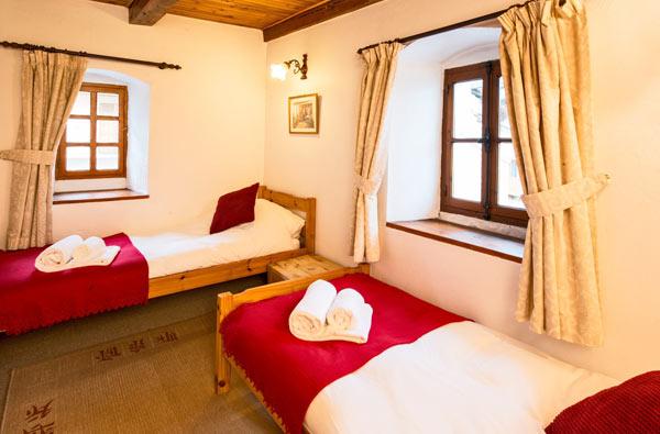 chalet-phoenix-bedroom2