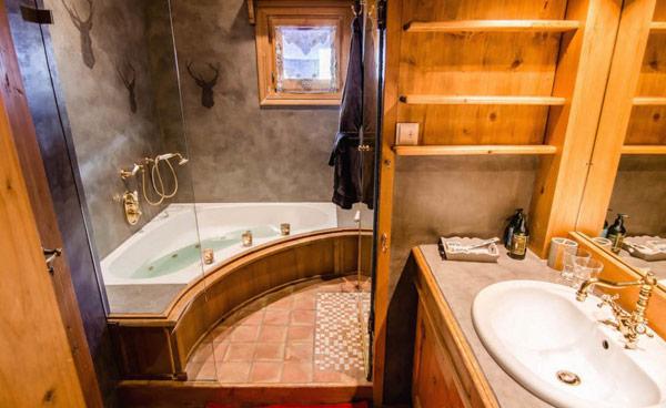 chalet-tyrosolios-shower
