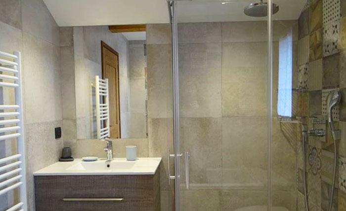 chalet-vanakem-bathroom
