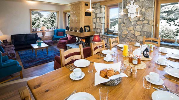 chalet-yankee-lodge-dining