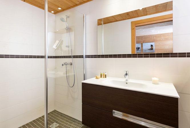 chalet-yukon-bathroom