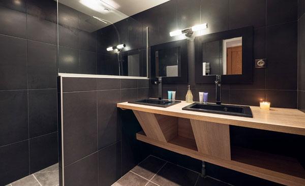 chalet-zebra-bathroom5