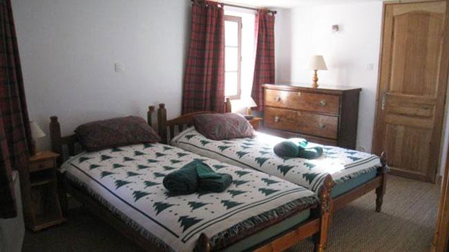 chez-leone-bedroom