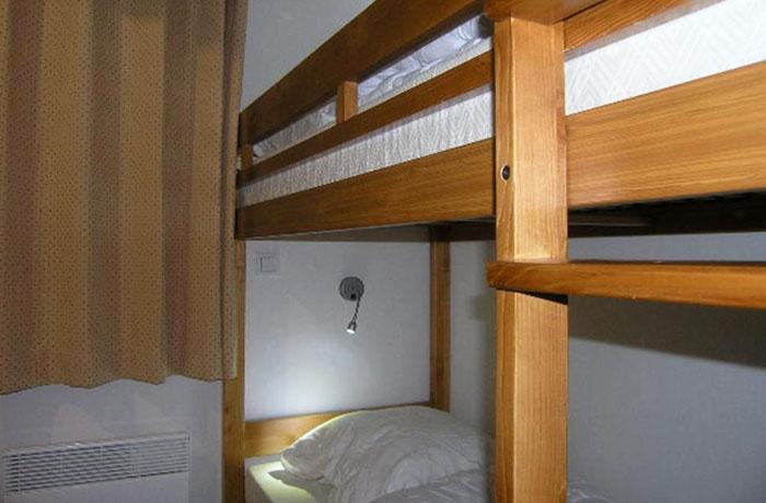 Aubepine-1-bedroom-bunks