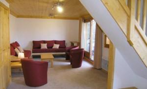 Aubepine-4-bedrooms-lounge