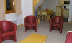Aubepine-4-bedrooms-lounge3