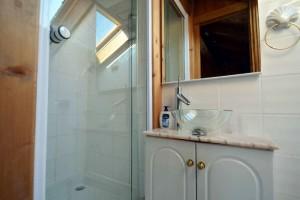 Chalet-Jardin-Sauvage-bathroom2