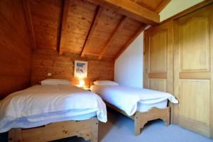 Chalet-Jardin-Sauvage-bedroom2