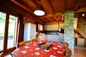 Chalet-Jardin-Sauvage-kitchen2