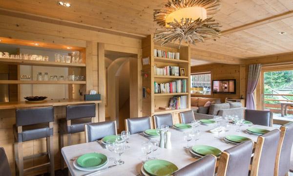 Chalet-apt-Ruiseau-dining