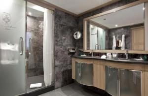 Grand-Coeur-bathroom