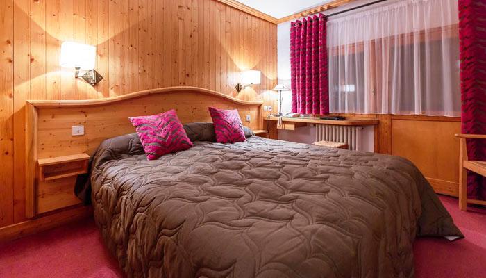 Hotel-LOree-du-Bois-bedroom2