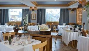 Hotel-LOree-du-Bois-dining