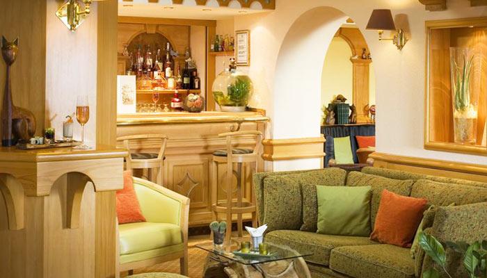 Hotel-LOree-du-Bois-lounge2