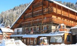 Hotel-Lac-Blue-outside1