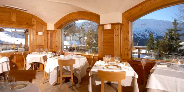Hotel-Le-Yeti-restaurant
