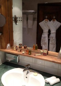 Hotel-Mont-Vallon-bathroom