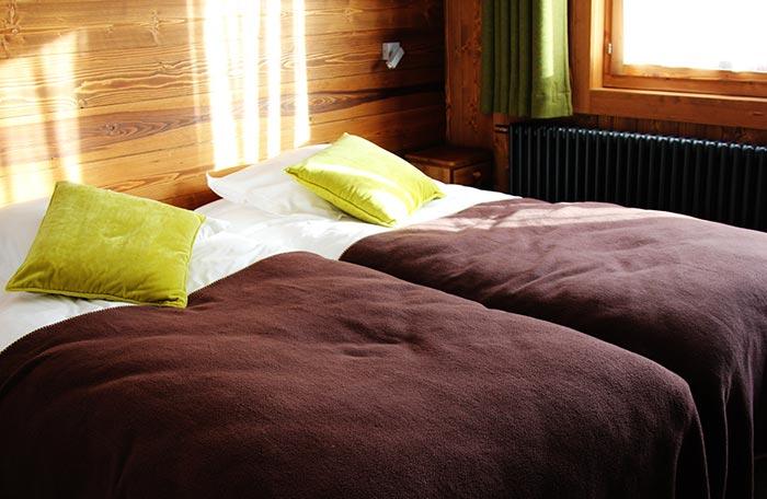 Hotel-adray-telebar-bedroom8