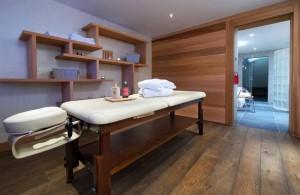 Hotel-adray-telebar-massage-room
