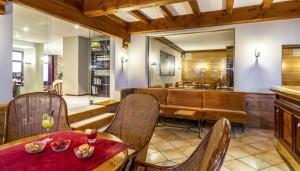 Hotel-les-Arolles-lounge