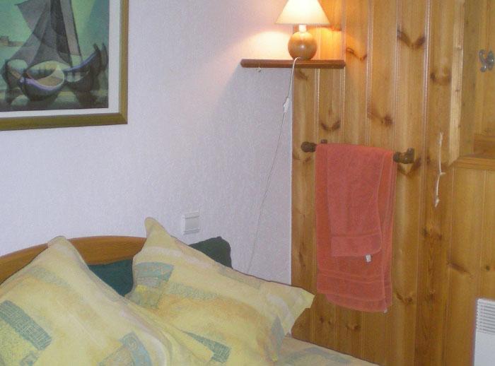 Jardin-d-Hiver-3-bedrooms-bedroom2