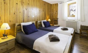 La-Coblette-bedroom2