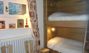 Le-coeur-de-meribel-bedroom2