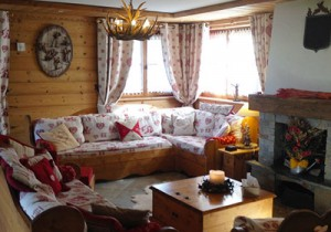Lounge-chalet-summer-small
