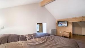 Razaz-bedroom2