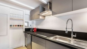 Razaz-kitchen2