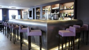 altiport-hotel-meribel-bar