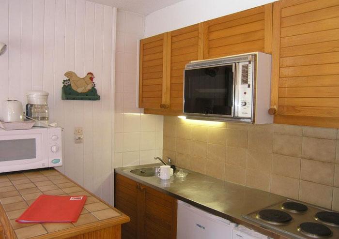 arolaz-1-kitchen