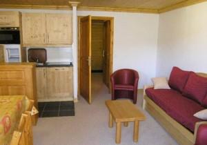 aubepine-1-bedroom-lounge4-small