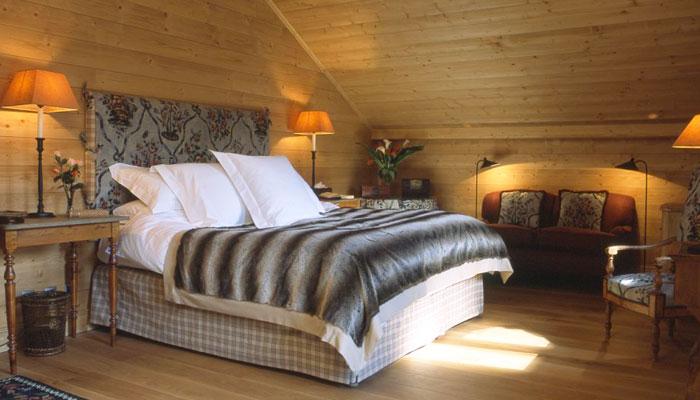 bartavelles-bedroom