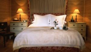 bartavelles-bedroom2