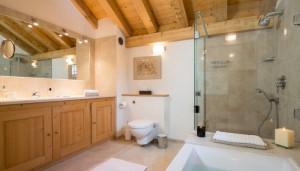 chalet-Dou-des-branches-bathroom