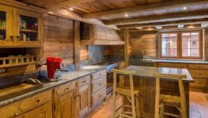 chalet-La-Tanniere-kitchen